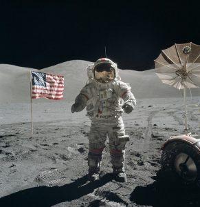 moon-walk-60616_640