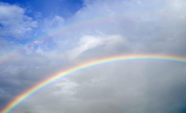 虹が発生する条件とは?雨上がり以外の条件を解説!