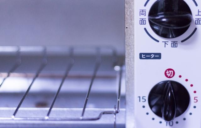 オーブントースターの温度はどれくらい?オーブンでの代用方法を解説!